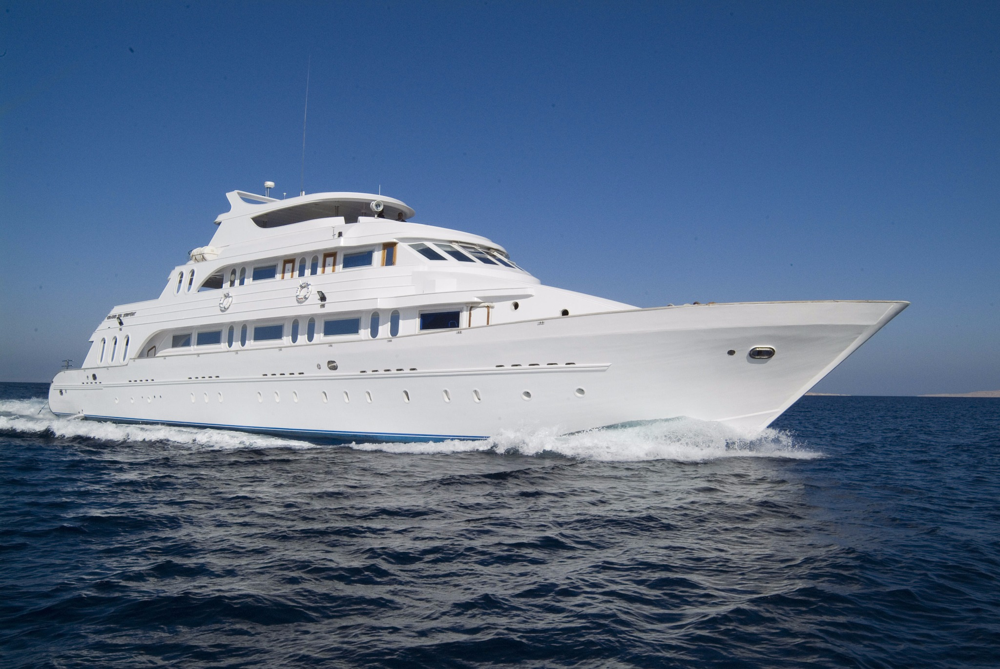 Grand Sea Serpent Liveaboard