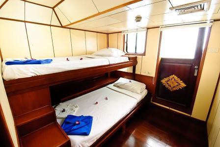 Standard Twin Cabin (Bunk Style)