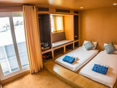 Twin Luxury Cabin (Main Deck)