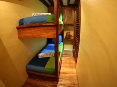 Bunk Bed Cabin (Firefly & Jellyfish)