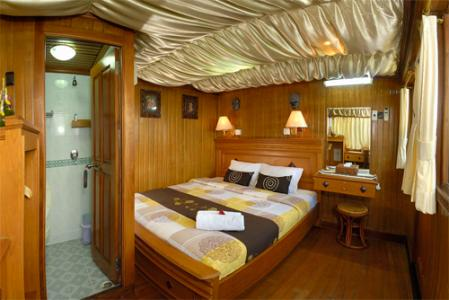 Deluxe Cabin (Lower Deck)