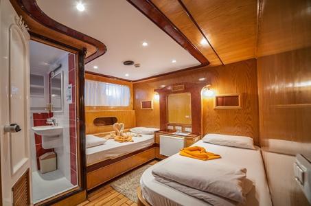 Twin Berth Cabin (Upper Deck)