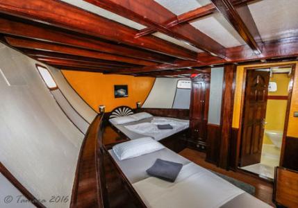 Double Cabin  #1, 2, 4, 6, 7 (Lower Deck)