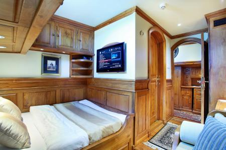 Staterooms 2 & 3