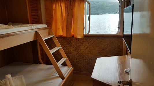 Upper Deck Twin Bunk Bed Cabin
