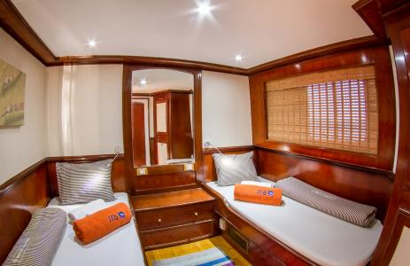 Twin-berth Cabin (Upper Deck)