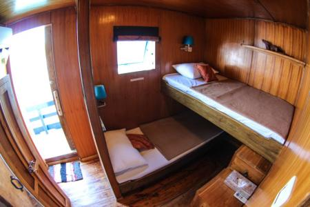 Twn Cabin