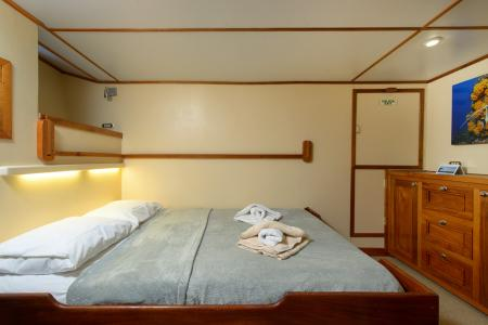 Double Cabin (#4, 7, 8)