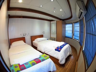 Twin / Double Cabin