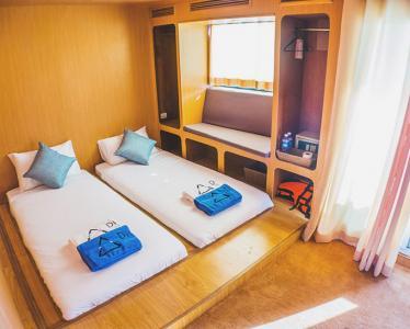 Twin Luxury Cabin
