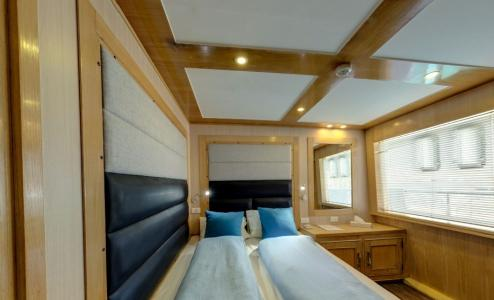Sea View Double Cabin