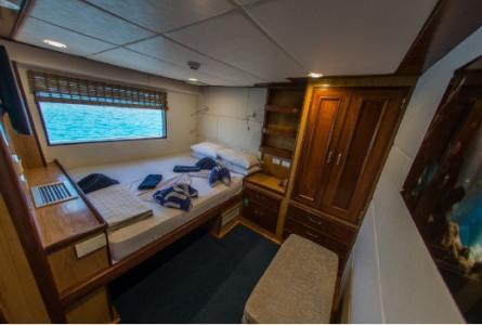 Classic Double Cabin